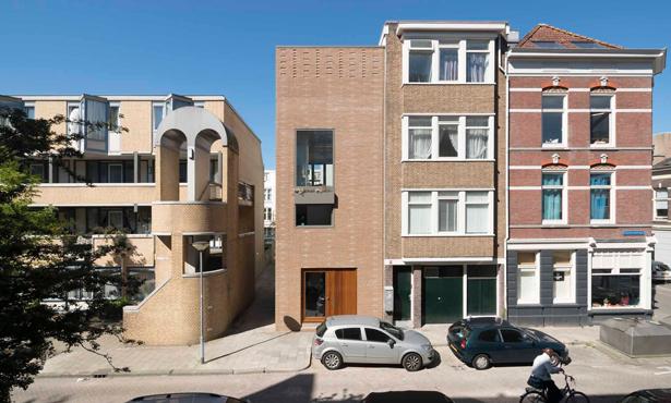 Rotterdam'da Tuğla Ev
