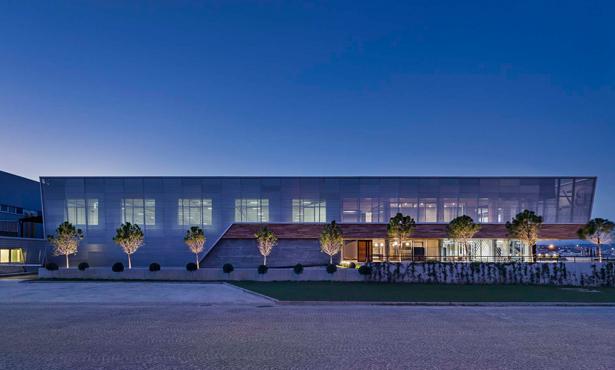 Çift Cepheli Fabrika Binası