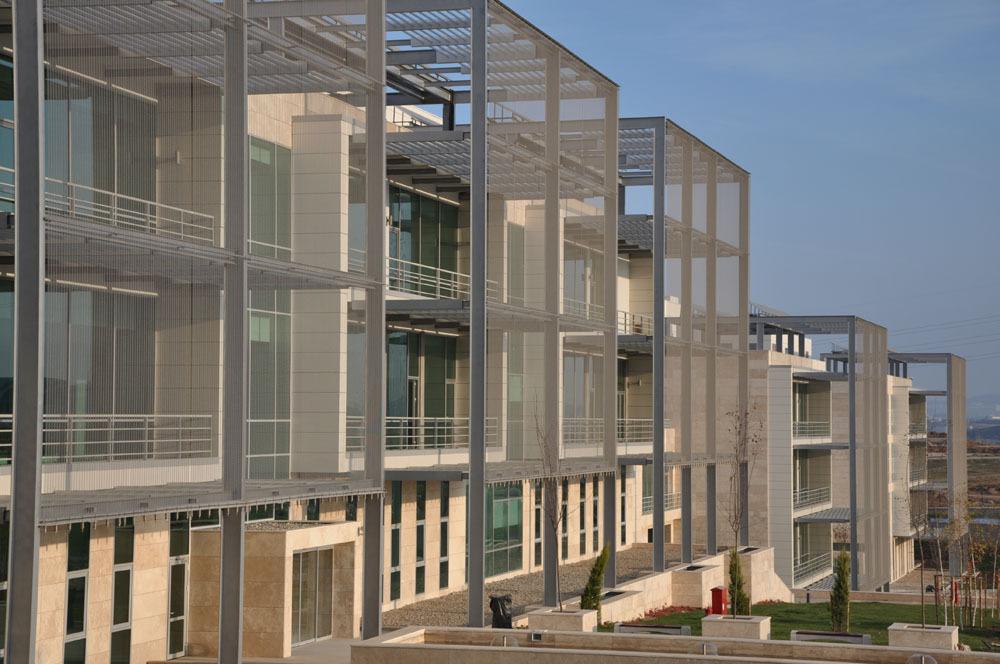 Teknopark İstanbul 1 ve 2 No'lu Ar-Ge ve İdare Binaları ile Katlı Otopark Yapısı ve Peyzaj Düzenlemesi