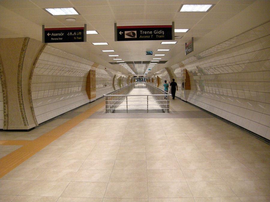 Mimar Belediye Başkanı'nın Metroyla İmtihanı