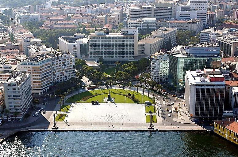 Süper Kent İzmir'e Kısa Bir Bakış