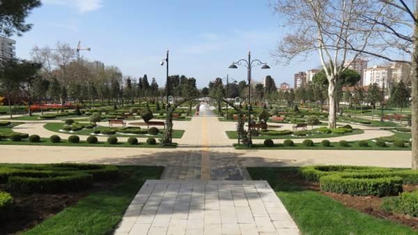 Basın Açıklaması: 60. Yıl Göztepe Parkı Yanlış Planlama Ürünü Metro İstasyonuna Feda Edilemez!
