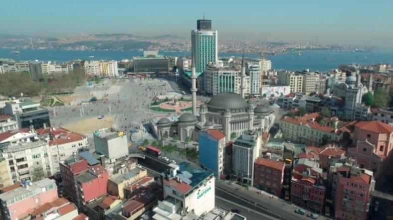 Taksim'e Yapılacak Caminin Şantiyesi Kuruluyor