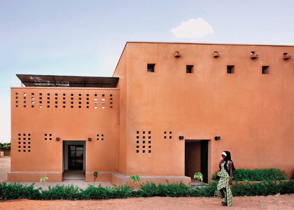 Nijer'de Yeni Bir Kentsel Konut Modeli: Niamey 2000