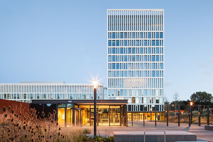 Mecanoo'dan EUROJUST'a Yalın Bir Bina