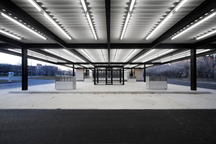 Mies van der Rohe'nin Tasarladığı Benzin İstasyonu, Topluluk Merkezi Olarak Dönüştürüldü