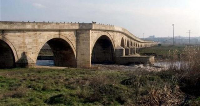 """Tarihi """"Uzun Köprü"""" Restore Edilecek"""