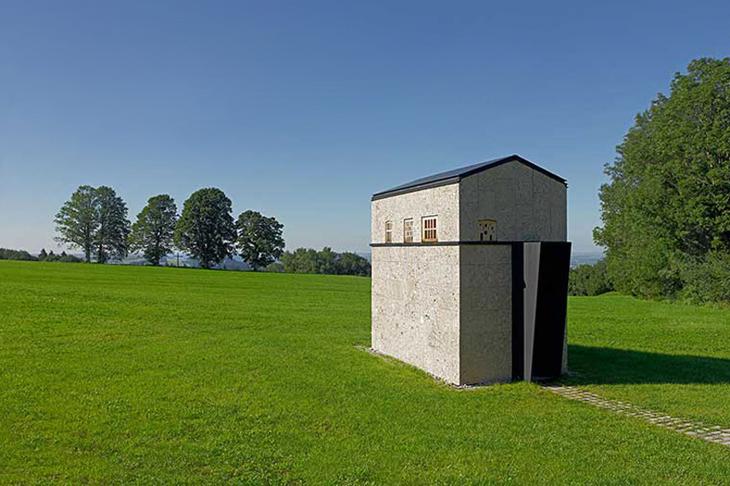 İtalya'dan Almanya'ya Beton Bir Şapel