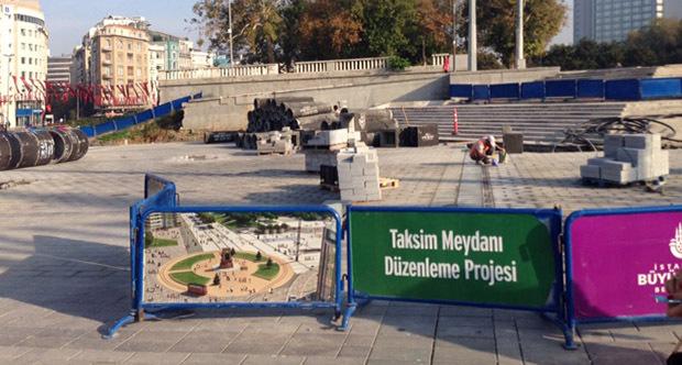 Taksim Projesinde Yağmur Suyu Kanallarını Unuttular, Taşlar Sökülüyor