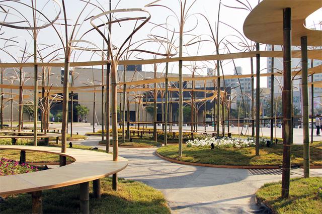 Gwangju Tasarım Bienali'nde Toyo Ito'nun Bambu Enstalasyonu