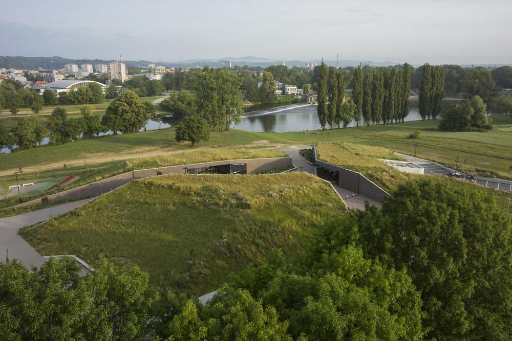 Karlovac Tatlısu Akvaryumu ve Nehir Müzesi