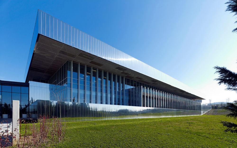 Yapı Kredi Bankası Hizmet Binası (ACCR Binası)