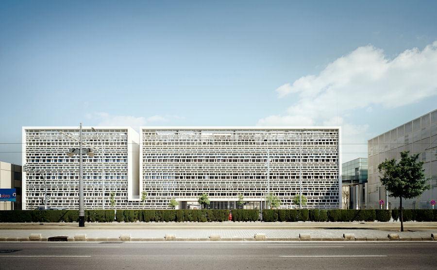 Valencia Teknik Üniversitesi Telekomünikasyon Mühendisliği ve Dil Merkezi Bölümü Binası