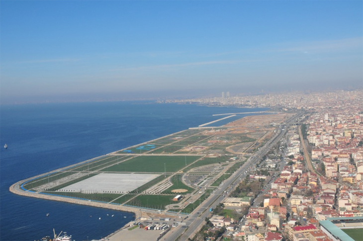 Kıyı Alanlarına Dolgu Yapılmasının Kentsel Tasarım Bağlamında Değerlendirilmesi