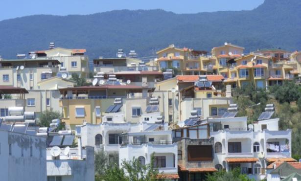 Türkiye'de Yazlık İkinci Konutların Yarattığı Sorunlar Bağlamında Balıkesir İli Ege Kıyılarındaki Yazlık İkinci Konutlara Genel Bir Bakış