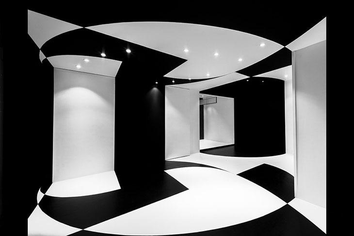 Hareketli Duvar Sistemi ile Paris'te Esnek Bir Ofis Mekanı