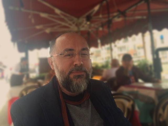 """""""Kafamızdaki İdeolojik Bariyerleri Yıkamazsak İstanbul Dubaileşmeye Kurban Gidecektir"""""""