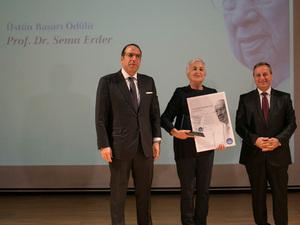 """13. Kadir Has """"Üstün Başarı Ödülü"""" Sema Erder'e Verildi"""