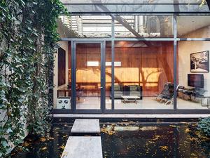 Ev Gezmesi: Philip Johnson Tasarımı Konuk Evi