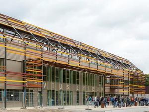 Doorn'da Renkli Bir Okul Binası