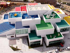 """""""LEGO House"""" Belgesel Haline Getirildi"""
