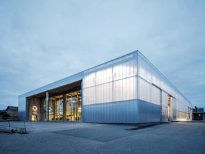 Eski Sanayi Yapısında Yeni Gençlik Merkezi