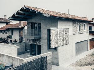 Stoned, Geleneksel İtalyan Evini Yeniden Yorumluyor