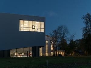 Belçika'daki Eski Bir Kazan Dairesi Sirk Okuluna Dönüştürüldü