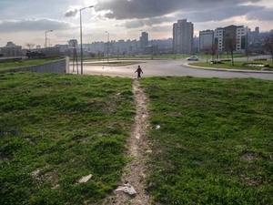 Metropol Ekseninde: Patikalar, İzler ve İz Sürenler