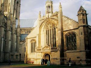 St Michael le Belfrey Kilisesi Yenileme Projesi Yarışması